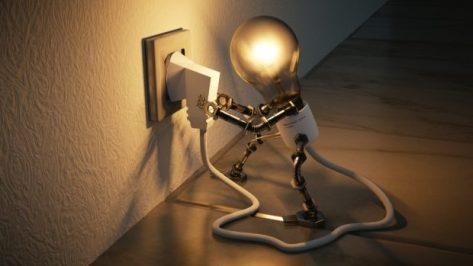 bombilla-de-luz-energia-en-salud-bioenergetica-salud-bioenergetica-ana-maria-oliva-ID160433-620x349